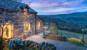 beacons remote luxury cottage crickhowell south wales