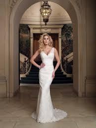 ivory lace wedding dress keyhole open back sleeveless trumpet sophisticated lace wedding
