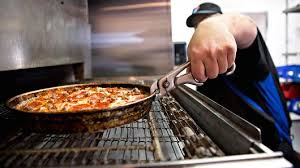 domino pizza jombang domino s pizza shares drop even after earnings beat