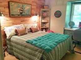tropical beach theme bedroom design with nice round rugs howiezine inspiring beach themed bedroom ideas image 04