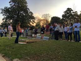 halloween horror nights georgia residents escape the ordinary at atlanta u0027s oakland cemetery