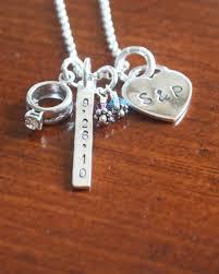 bridal party gift ideas uk wedding gift present idea bride bridal