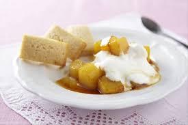 cuisiner avec du gingembre recette de financiers épicés au gingembre poires caramélisées