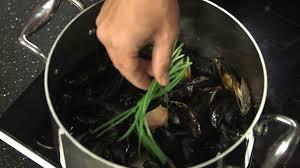 moules cuisin馥s technique de cuisine cuire des moules