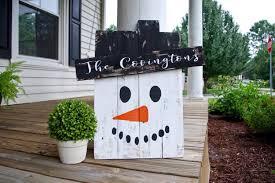 pallet snowman snowman decor rustic rustic snowman