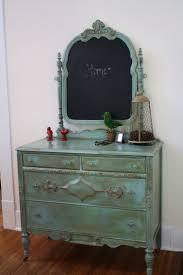 Vintage Bedroom Dresser Furniture Cheerful Furniture For Bedroom Decoration Using Vintage