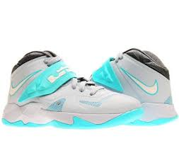 black friday basketball shoes 51 best basketball shoes images on pinterest nike free shoes