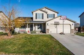 homes for sale in middleton id under 200 000