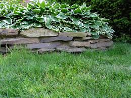 Retaining Wall Ideas For Sloped Backyard Best 25 Backyard Retaining Walls Ideas On Pinterest Retaining