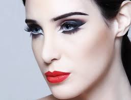 professional makeup i am in class 12th and i want to pursue my career as a