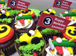 lorenzo u0027s third birthday artisan cake company