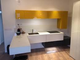 cuisine americaine appartement cuisine ouverte dans appartement parisien contemporain