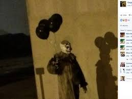 clown balloon l creepy clown with black balloons wandering wisconsin