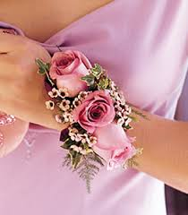 wristlet corsage flowers for proms and weddings from lanas flowers