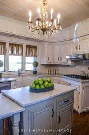 Chandelier Over Kitchen Island by Best 25 Chandelier Over Island Ideas On Pinterest Kitchen