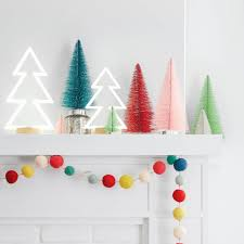 26 unique holiday decor ideas for christmas lights brit co