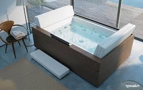 badezimmer mit sauna und whirlpool wellness im bad entspannt die seele baumeln lassen sauna