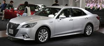 toyota crown file toyota crown hybrid athlete jpg wikimedia commons