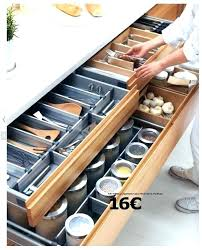 cuisine astuce amenagement interieur tiroir cuisine accessoire tiroir cuisine