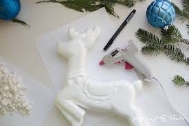Green Reindeer Christmas Decorations by Diy Christmas Decorations Reindeer And Christmas Tree