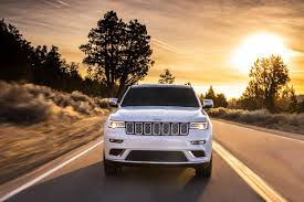 trailhawk jeep 2017 2017 jeep grand cherokee trailhawk and updated summit launch in