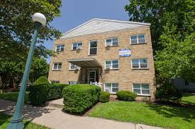 2 Bedroom Apartments In Champaign Il Downtown Wampler Apartments