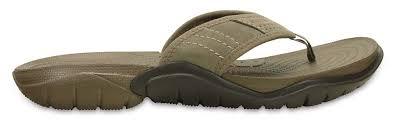chaussure crocs cuisine crocs baya lined crocs swiftwater flip sandales marron chaussures
