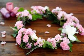 crowning floral spray creativity unmasked diy gathered fresh flower crown floral