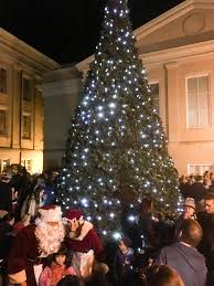 community tree lighting ceremony with santa mrs claus