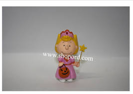 Hallmark Halloween Ornaments by The Peanuts Gang Hallmark 2009 Halloween Ornament Princess Sally