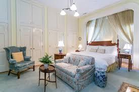 Livingroom Boston Discover Effortless Luxury Living At 9 Arlington St 2 Boston