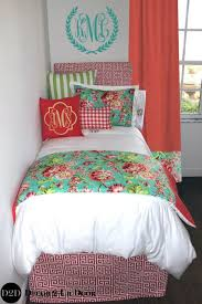 College Dorm Bedding Sets Dorm Bedding Dorm Room All Year Long With Bedding That Projects