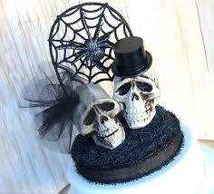 skull cake topper 7 scary wedding cake toppers bravobride