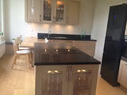 plan de cuisine moderne avec ilot central plan de cuisine amnage la cuisine en bois massif en beaucoup de