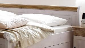 schlafzimmer kiefer massiv oslo 4 tlg set kiefer massiv weiß antik 180x200