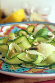 comment cuisiner courgettes tagliatelles de courgettes à l italienne belette cuisine
