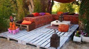 Patio Furniture Pallets by Pallet Garden Furniture Diy Giant Outdoor Set Made Out Of