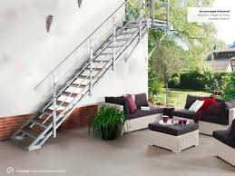 stufen treppe stahlwangentreppen mit podest aussentreppen mit wpc stufen treppe