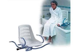 siege pivotant pour baignoire siège de bain pivotant pour baignoire espace médical confort