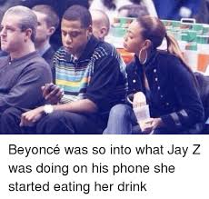 Jay Z Beyonce Meme - 소 beyoncé was so into what jay z was doing on his phone she started
