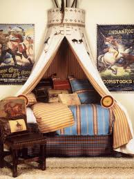 Boys Bed Canopy Stylish West Indian Themed Bed Canopy In A Bedroom