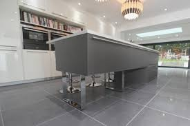 cuisine avec carrelage gris carrelage gris cuisine avec cuisine gris anthracite 56 id es pour