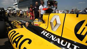 renault minivan f1 renault uses twitter to dismiss f1 rumours