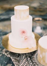 pretty in pink glam in gold wedding cakes trendy bride blog