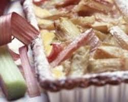 cuisiner la rhubarbe recette tarte à la rhubarbe et à la cassonnade