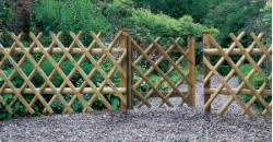 expanding trellis fencing fencing and trellis from alton garden centre ltd page 1 of 2