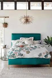 décoration de chambre à coucher chambre bleu canard avec quelle couleur accords classe et idées déco