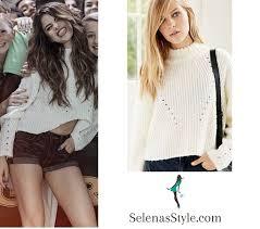 selena gomez sweater selena gomez in boston revival tour selena gomez style