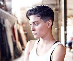 pictures of women over comb hairstyle best 25 female fade haircut ideas on pinterest shaved curly