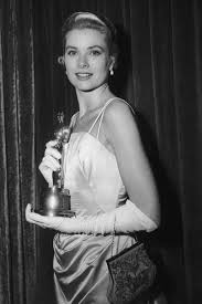 best actress winners in their gowns oscars fashion through the years